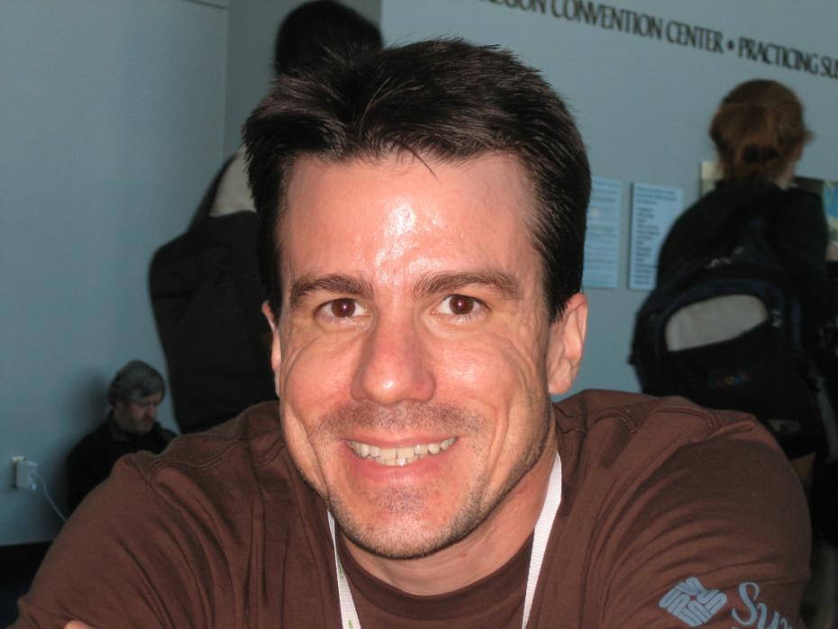 یک فقدان بزرگ برای لینوکس: مرگ خالق Debian در سکوت محض
