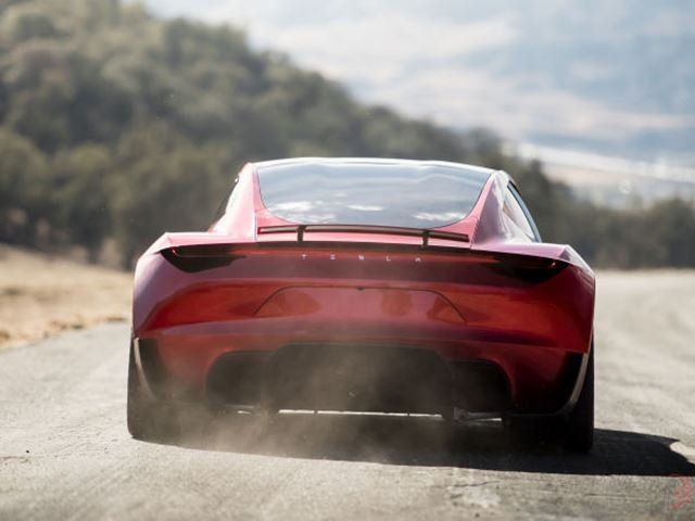به سریعترین خودروی تولیدی جهان سلام کنید!!!